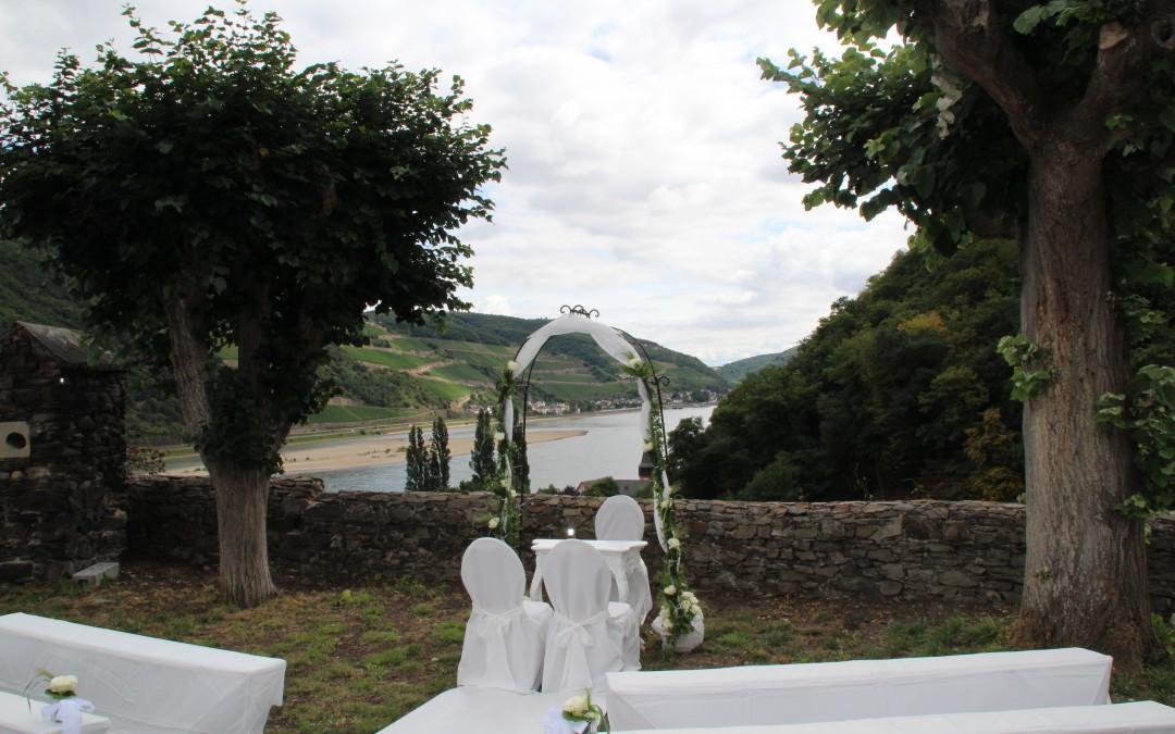 Impressionen unserer ersten Hochzeit im Burggarten -3-