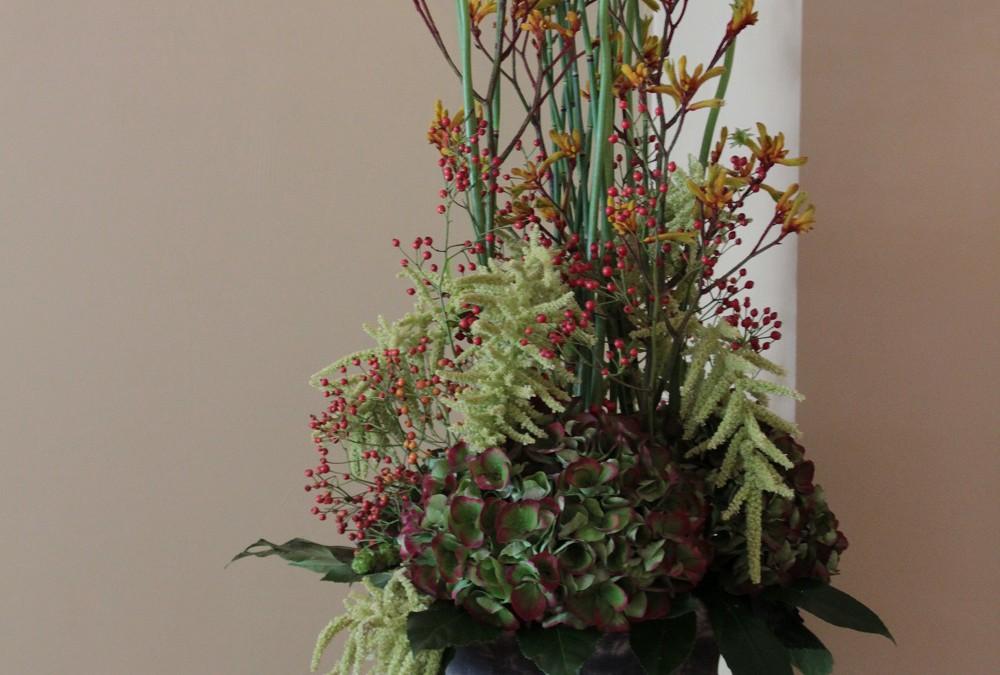 Florale Dekoration in unserer Lounge
